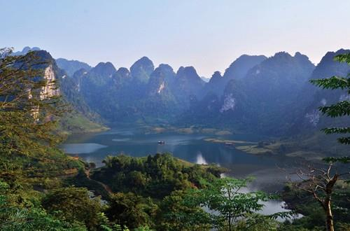 Khu du lịch Na Hang