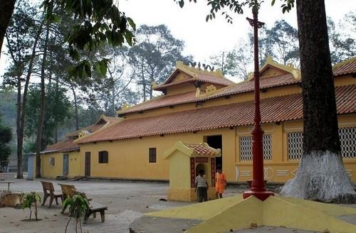 Khu du lịch núi Sập - đền thờ Thoại Ngọc Hầu