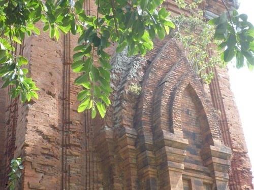 Kiến trúc Tháp đôi Quy Nhơn Bình Định