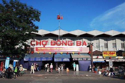Chợ Đông Ba ở Huế