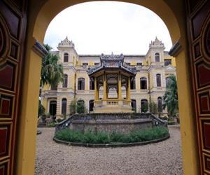 An Dinh Palace