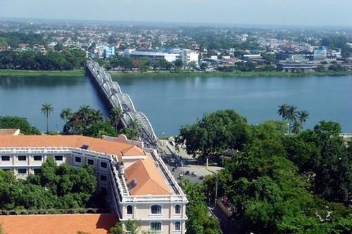 Cầu Trường Tiền Huế