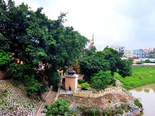 Bến đá đền Kỳ Cùng
