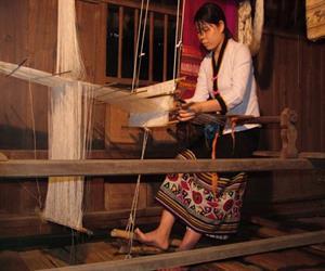 Làng dệt thổ cẩm Yên Thành