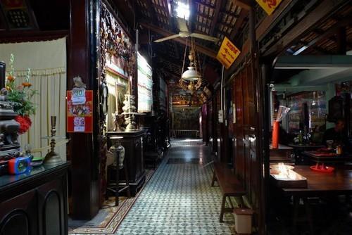 Nhà Lớn Long Sơn - kiến trúc bên trong