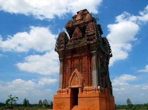 Tháp Cánh Tiên Bình Định
