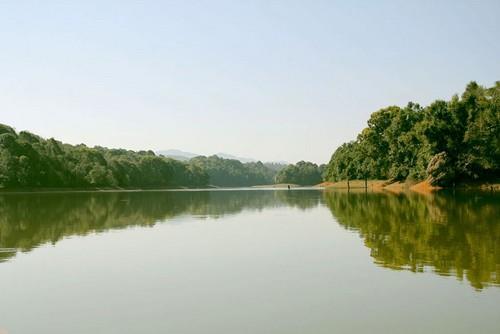 Hồ Pa Khoang Điện Biên