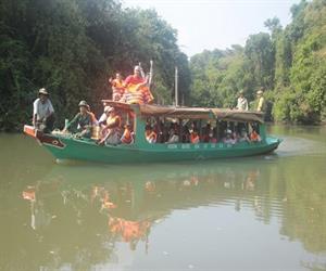 Tuyến đi thuyền trên sông ở Vườn quốc gia Lò Gò Xa Mát