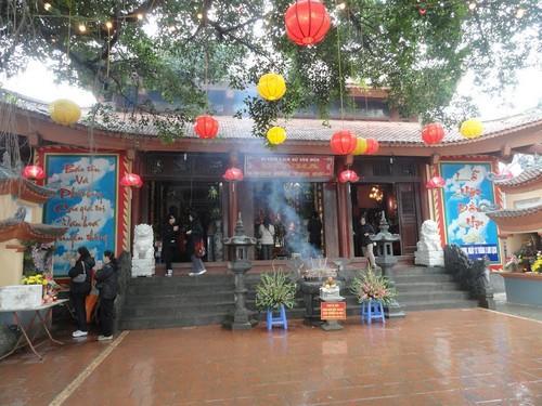 Đền Hạ Tuyên Quang