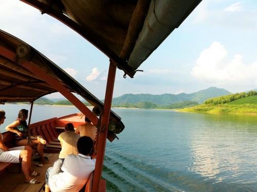 Khu vực Hồ Thác Bà đẩy mạnh thu hút đầu tư du lịch