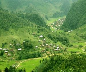 Đèo Pha Đin - thung lũng mướt xanh